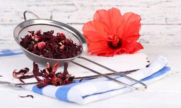 Hatmi Çiçeği Çayı Tarifi